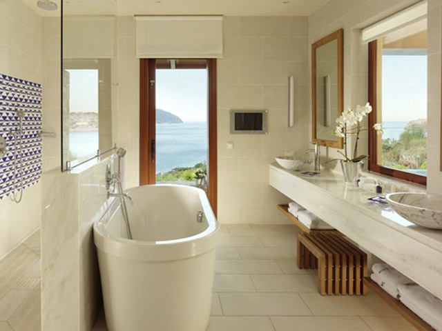 Island Luxutry Suites Sea View Private Heated Pool-Bathroom